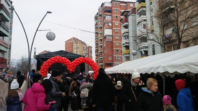 ulica-otvorenog-srca-u-kosovskoj-mitrovici-foto
