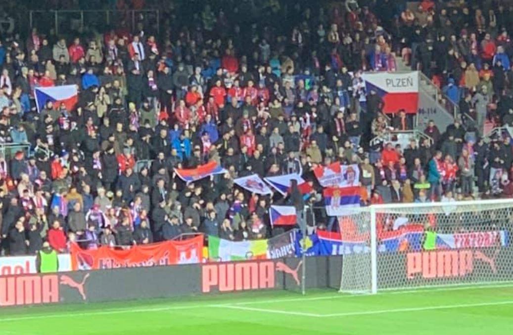 srpske-zastave-i-skandiranje-na-utakmici-ceske-sa-kosovom