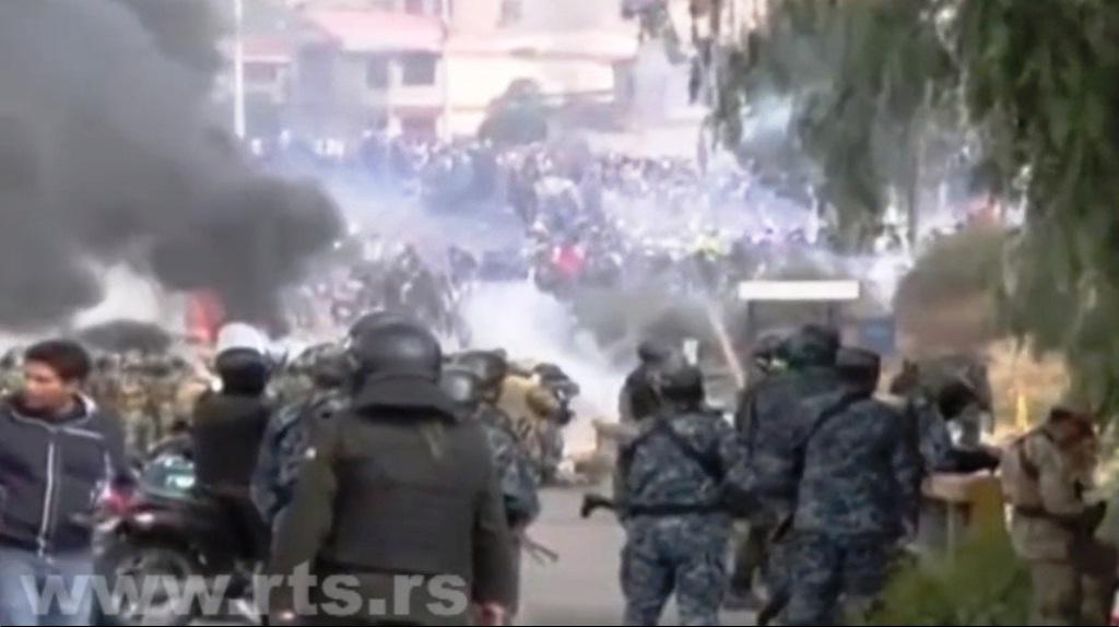 bolivija-na-ivici-haosa-petoro-mrtvih-u-sukobima