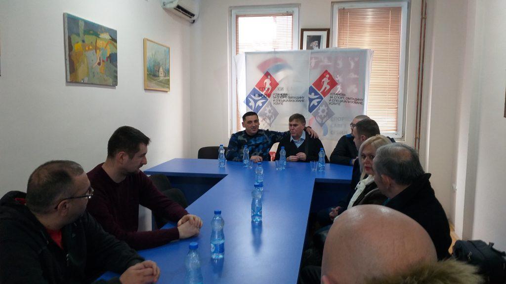 spiric-sa-predstavnicima-udruzenja-slepih-i-slabovidih-u-kosovskoj-mitrovici