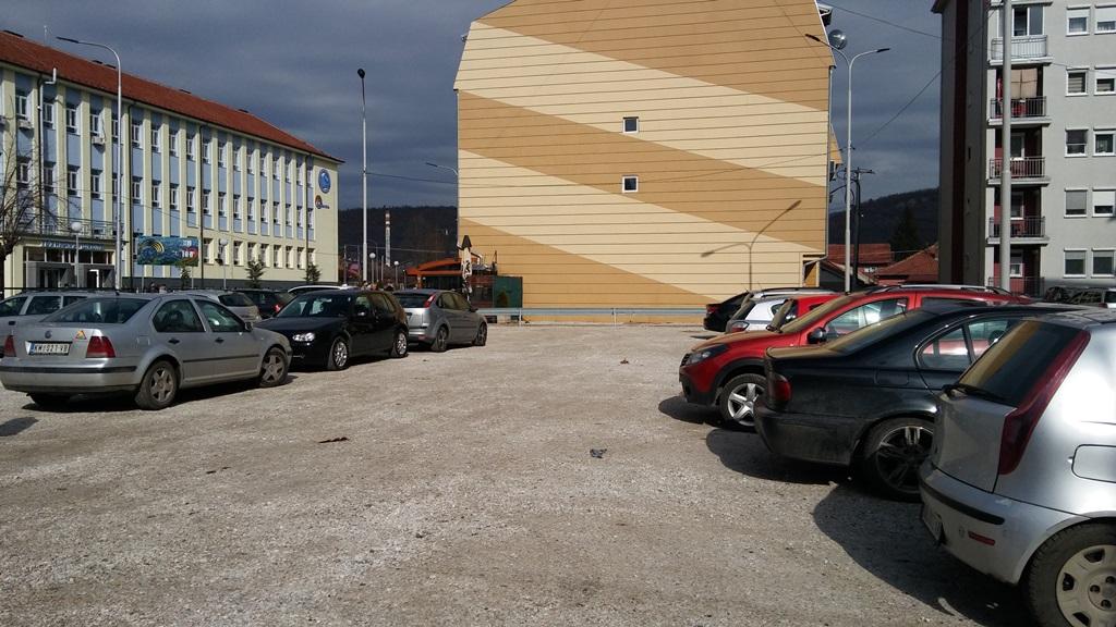 otvoreno-trece-javno-parkiraliste-u-mitrovici