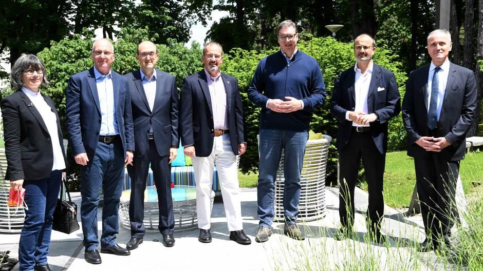 vucic-sa-ambasadorima-kvinte-o-izborima-situaciji-u-regionu-i-evrointegracijama