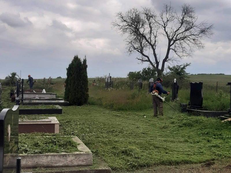 ocisceno-i-uredeno-pravoslavno-groblje-u-dobrotinu
