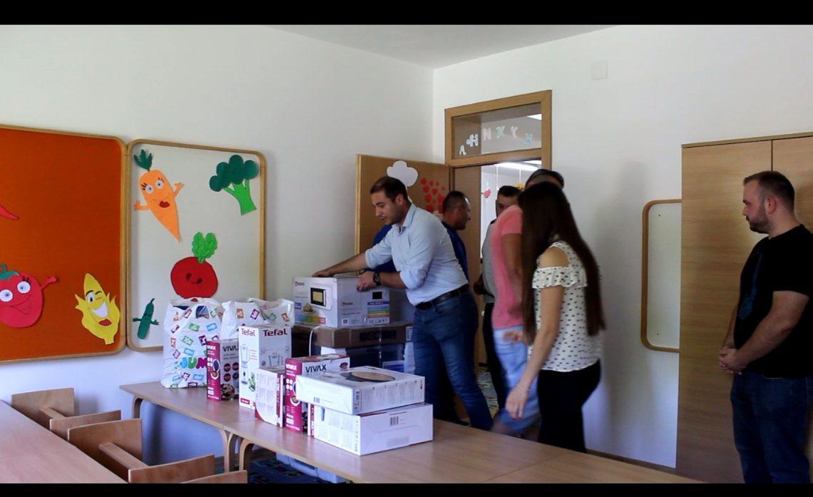 vidovdanska-akcija-studenti-iz-beograda-i-banja-luke-za-decu-sa-kosova-i-metohije
