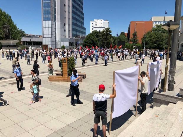 mirna-okupljanja-veterana-ovk-u-vise-gradova-na-kosovu-i-metohiji