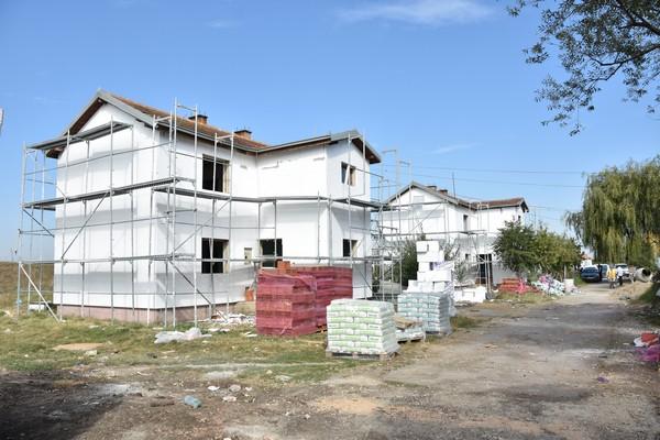 gracanica-zavrsetak-radova-na-renoviranju-kolektivnog-centra-bergen-do-kraja-godine