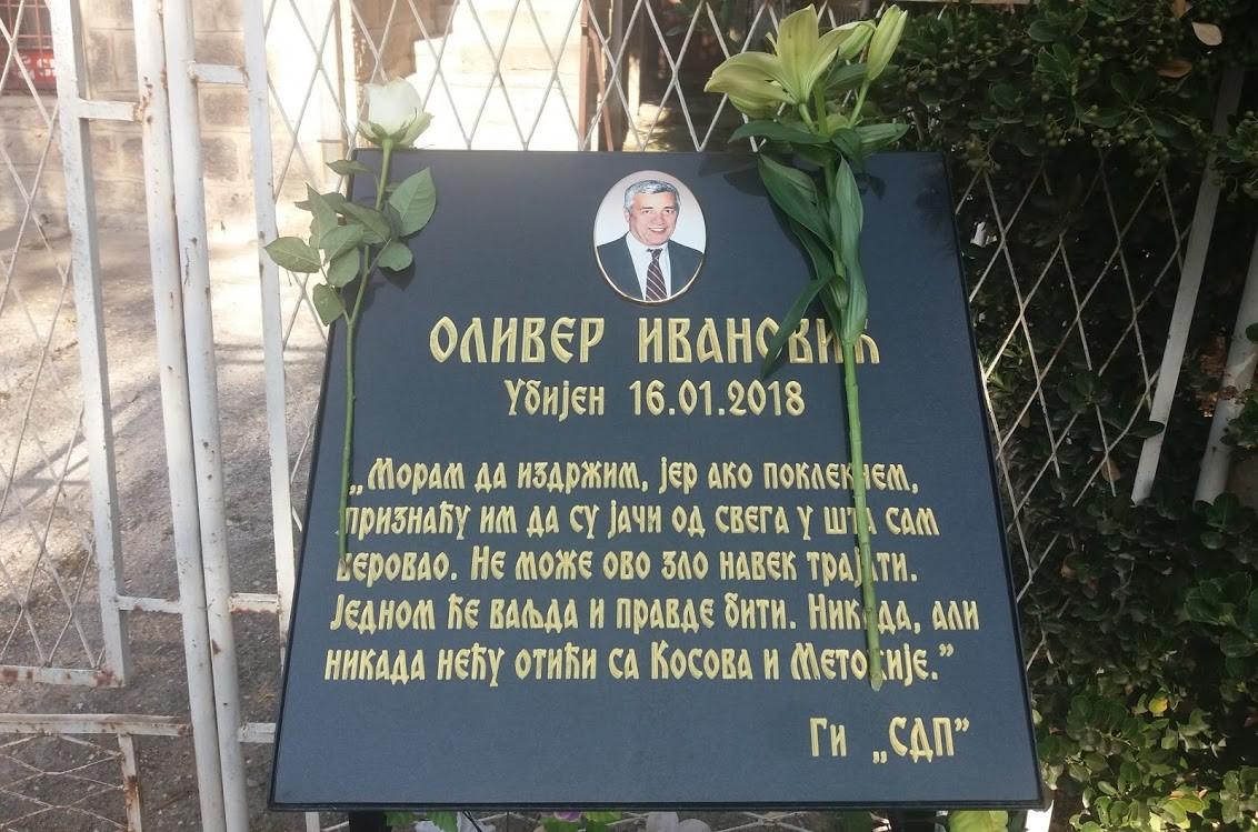 za-olivera-ivanovica-1000-sveca-u-ponedeljak-i-u-kosovskoj-mitrovici