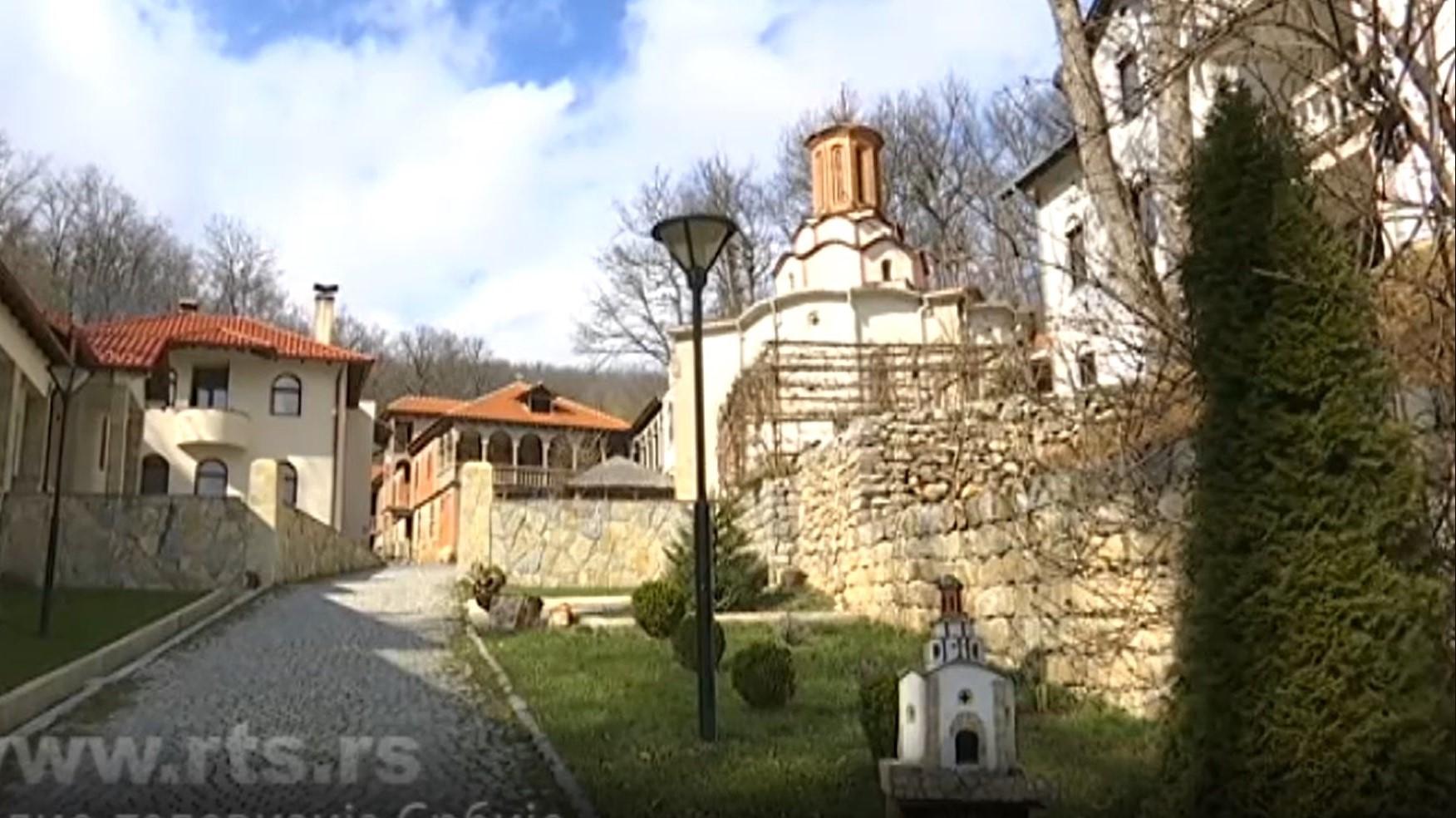 prica-o-manastiru-draganac-duhovni-svetionik-pravoslavnih-srba