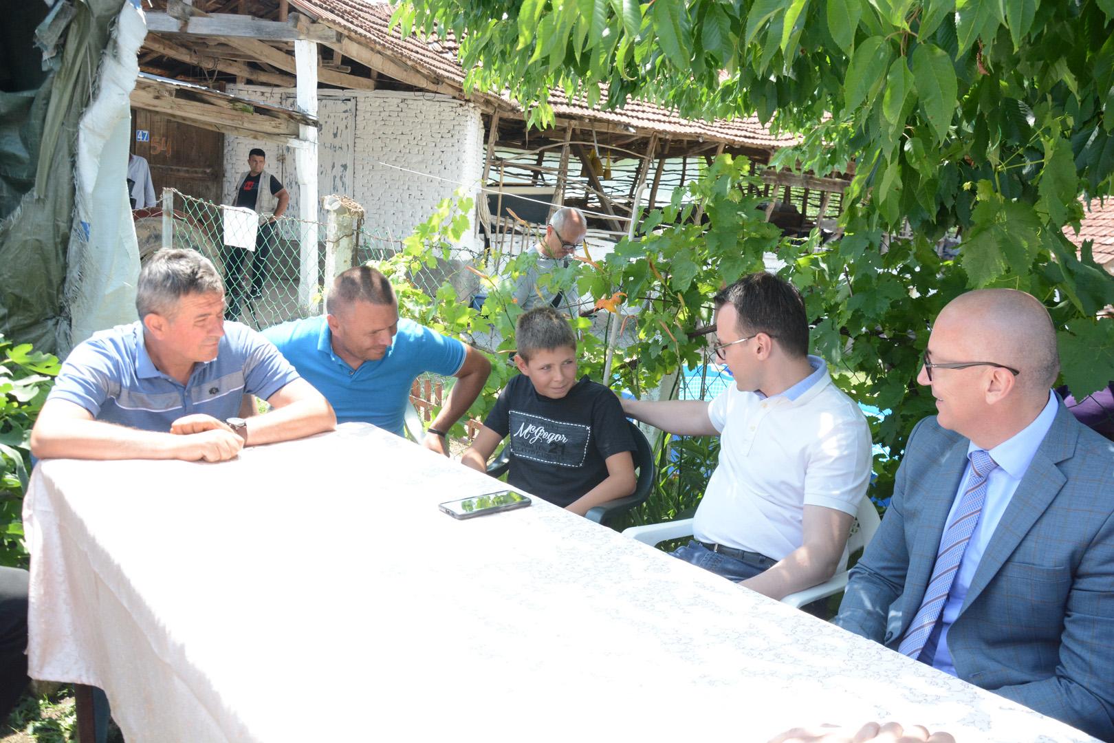 gojbulja-petkovic-i-rakic-posetili-nikolu-perica