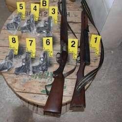 pristina-uhapseno-pet-lica-osumnjicenih-za-trgovinu-oruzjem