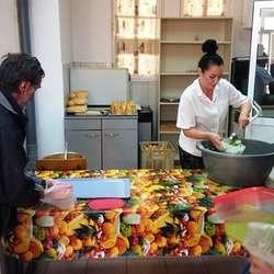 povodom-mitrovdana-paketi-za-korisnike-narodne-kuhinje