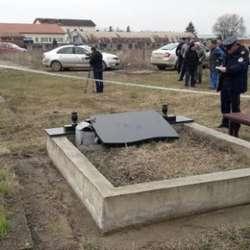 poruseni-spomenici-na-pravoslavnom-groblju-u-lipljanu