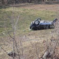 dva-lica-povredjena-u-saobracajnoj-nezgodi-na-putu-mitrovica-leposavic