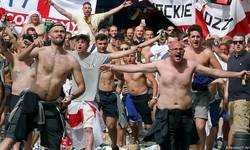 fudbalski-savez-ceske-se-ogradio-od-privedenih-navijaca-sa-transparentom-kosovo-je-srbija