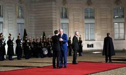 taci-na-plenarnom-zasedanju-mirovnog-foruma-u-parizu