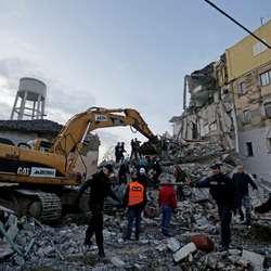 snazan-zemljotres-u-albaniji-osetio-se-sirom-celog-regiona
