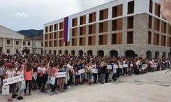 pokrenut-projekat-spajanja-dece-sa-kosmeta-i-republike-srpske