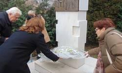 kosovski-stradalnici-posetili-resurni-centar-za-nestala-lica-u-pristini