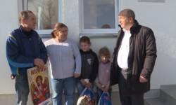 novo-brdo-predsednik-opstine-posetio-ugrozene-porodice