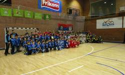 prvi-medunarodni-turnir-u-malom-fudbalu-u-mitrovici-promocija-sporta-zdravog-duha-takmicenja-i-drugarstva