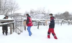 novo-brdo-pojacane-aktivnosti-volontera-na-distribuciji-pomoci