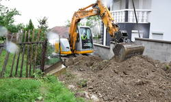 poceli-radovi-na-izgradnji-putne-infrastrukture-za-povratnike-u-opstini-pec