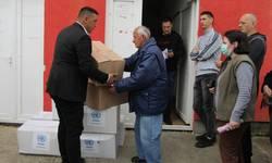mitrovica-podeljeni-paketi-pomoci-socijalno-ugrozenima