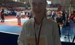 trinaestogodisnja-teodora-iz-leposavica-prvak-srbije-u-karateu