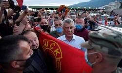 kosovski-predsednik-na-prelazu-vrbnica-docekan-uzvicima-ovk-i-taci