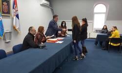 zvecan-uruceno-75-ugovora-u-okviru-programa-moja-prva-plata