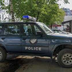 kosovska-policija-krada-ostecenje-imovine-i-neaktivirana-bomba-u-mitrovici