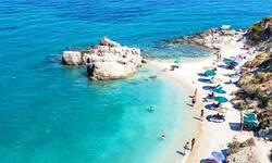 grcka-zbog-korone-salje-policiju-na-mikonos-i-ios-zabrinjavajuca-situacija-i-na-drugim-ostrvima